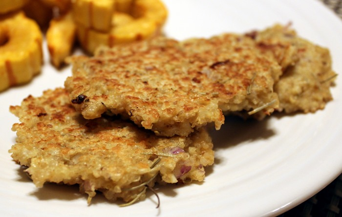 seriously delish quinoa cakes