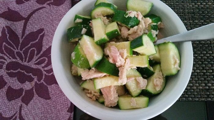 boiled zucchini and tuna