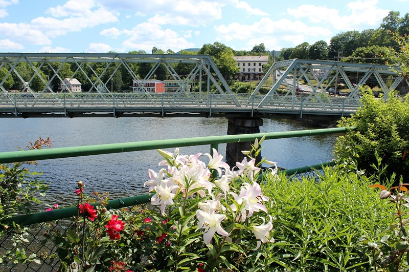 Shelburne Falls MA - Bridge of Flowers (2)
