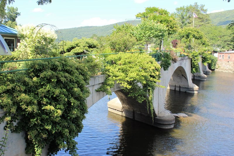 Shelburne Falls MA - Bridge of Flowers (8)