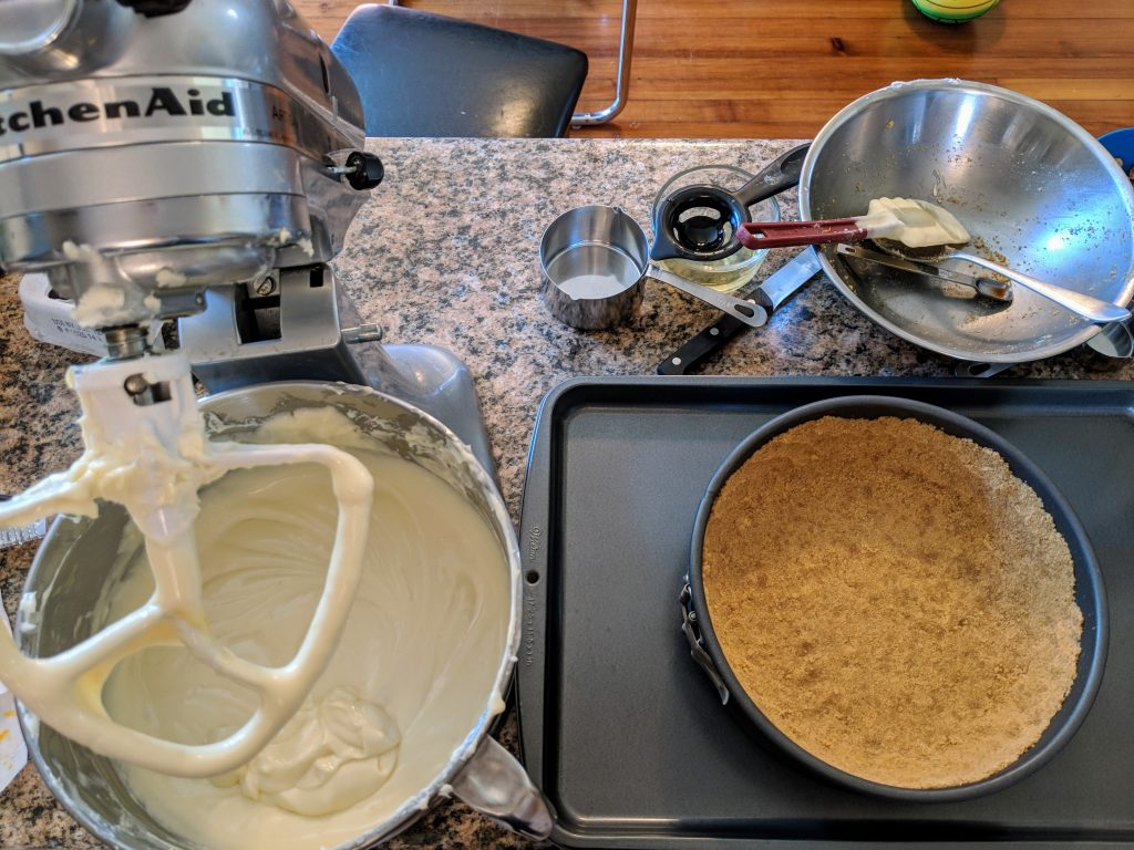 cheesecake baking set up